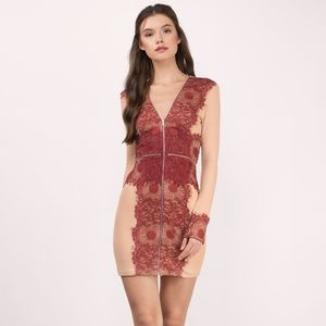 COMMAND ATTENTION WINE AND NUDE LACE BODYCON DRESS